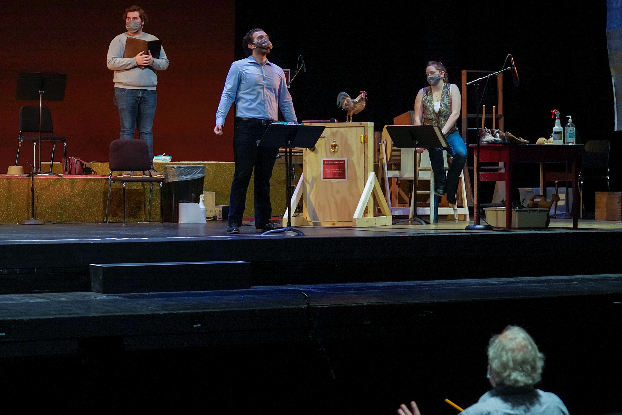 "IU Prof"" Kevin Murphy Conducts Covid Safe Barber of Seville"
